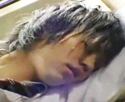 【ゲイ動画 xvideos】もっとしてください・・・バスの中で痴漢にあったイケメン学生が声を殺し快楽に悶える