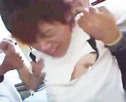 【ゲイ動画 xvideos】竹刀で尻を叩かれ、集団痴漢され犯されるゲイレイプ!ショタBOYの泣き声は甘い快楽へ変わる