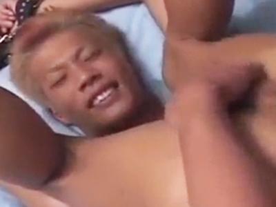 【ゲイ動画無料】目隠し拘束されて淫乱フェラ、ヤンチャ系イケメンがケツ穴ガン堀りアナルセックスで敏感に感じる!