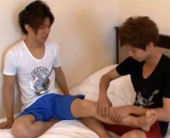 【ゲイ動画 pornhub】ジャニ系美少年の男の子2人がマッサージのしあいっこしてたら、アナルセックスにハッテンして…