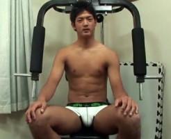 【ゲイ動画 xvideos】あどけない顔と引き締まったスジ筋がたまらないスポーツイケメンをアナル調教してみた結果www