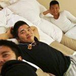【ゲイ動画 pornhub】 1泊2日大人の修学旅行!種猿男児のアナルセックス合宿!