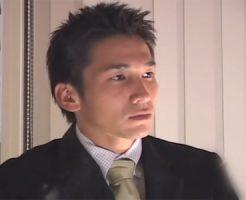 【無修正 ゲイ動画 tube8】スポメンとスーツを着た大人の男をハメ撮り!フェラにアナルファックで敏感アナルファック