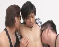 【ゲイ動画 erovideo】19歳、21歳の素人イケメンのハメ撮りオムニバス!ゲイ覚醒するウケ専雄ファックでザーメン発射