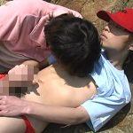 【無修正 ゲイ動画 xvideos】海辺でモテ系イケメンが赤く膨らんだカリを舐めて敏感ジュボフェラ野外ゲイセックス
