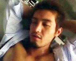 【ゲイ動画 xvideos】ワイルド系イケメンリーマンが眠らされ拘束されて犯されてケツ穴ザーメンまみれで雄覚醒!