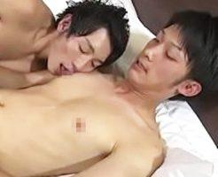 【ゲイ動画 xvideos】さわやか美男子のケツ穴ガン堀り、プリ尻突出しアナルファックでザーメンでちゃう!